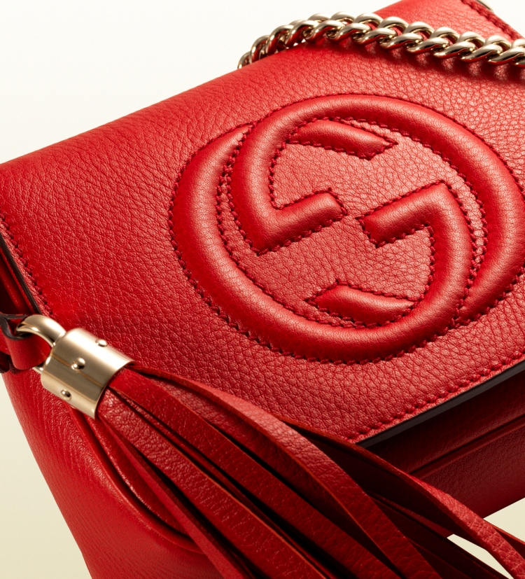 gucci-soho-chain-shoulder-bag-red-paty-lanfranchi