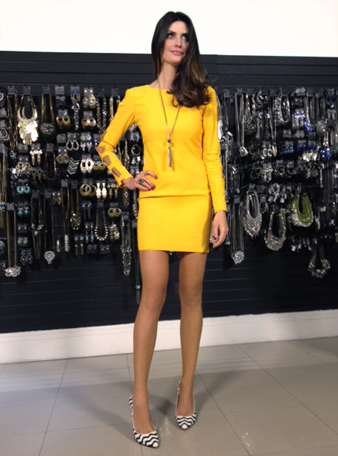 isabella_fiorentino_look_total_amarelo_esquadrao